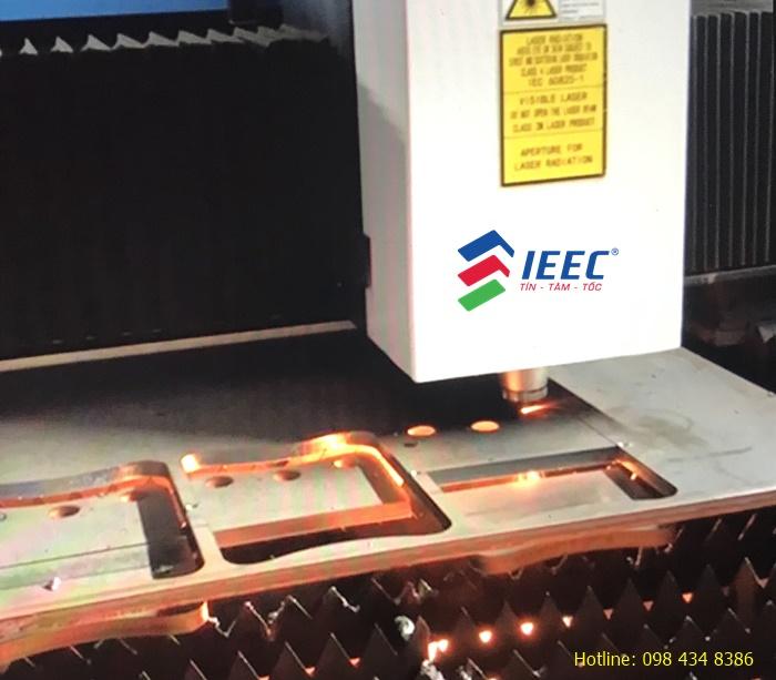 Dịch vụ cắt laser kim loại tấm