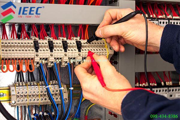 sửa cữa bảo dưỡng hệ thống điện công nghiệp