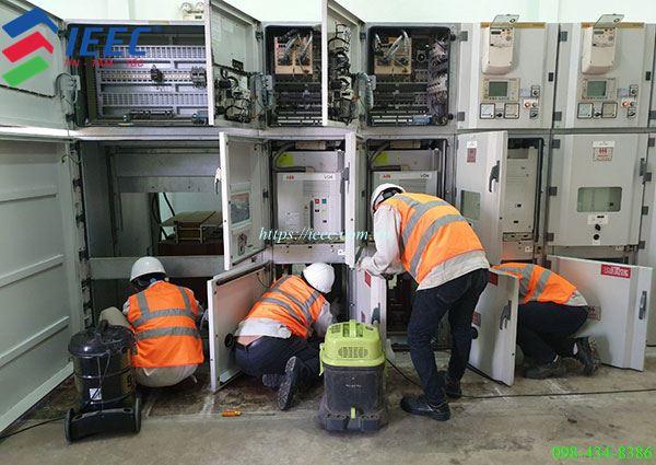 vệ sinh bụi bẩn hệ thống điện công nghiệp